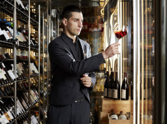 Sommelier António Lopes inicia projeto Wine in Motion