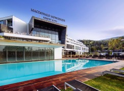 Macdonald Monchique Resort & SPA ensina a surfar