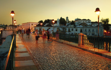 Turismo no Algarve supera expectativas em 2016