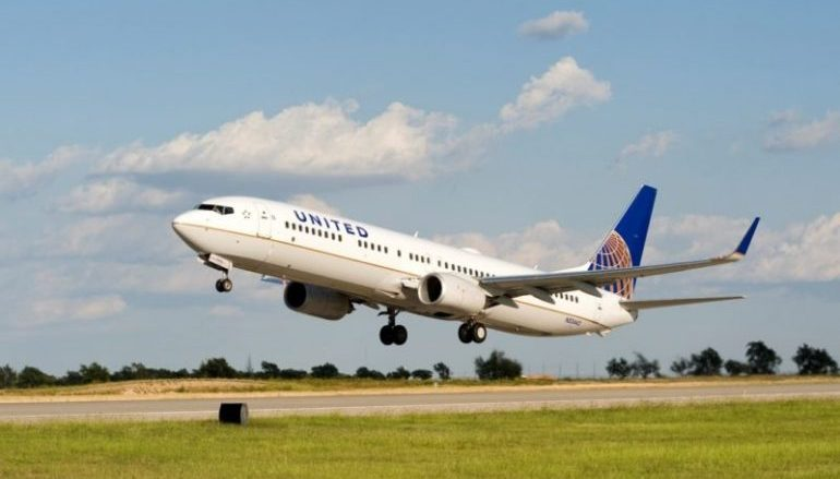 United Airlines com decréscimo no load factor em abril